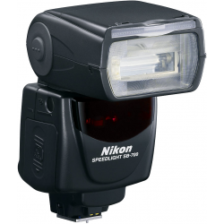 Nikon SB-700 Speedlight bliskavica