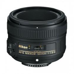 Nikon AF-S 50mm f/1,8G ++ kit