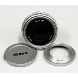 Nikon 45mm f/2,8 PANCAKE, rabljen